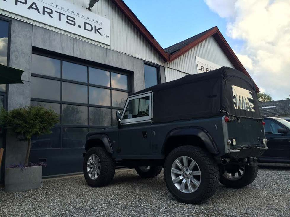 Defender 90 Softtop